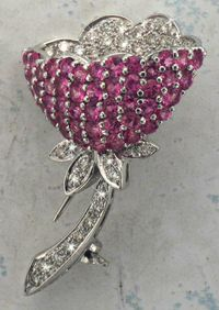 Stop in at Joint Venture Estate Jewelers to pick out a romantic gift for your loved one to celebrate Cupid's holiday.