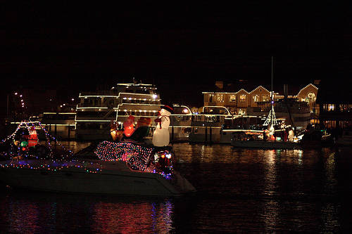SpiritLine offers Parade of Boats Cruise on December 3rd for Charleston's Holiday Parade of Boats