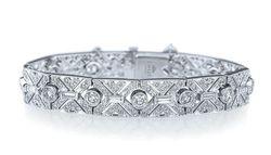 Kwiat 6.80 karat platinum diamond bracelet available at Paulo Geiss Jewelers