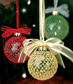 Tree Trimmers ornament class at Sugar Snap Pea