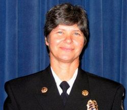 Small Business Lunch at Halls is pleased to present our September 6th distinguished speaker, Fire Chief of the City of Charleston, Karen E. Brack.
