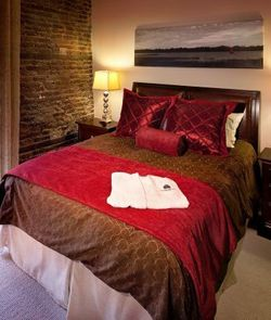 Romantic Getaway Package at the Restoration on King