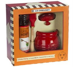Le Creuset Savannah Bee Company Grill and Honey Set