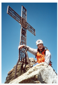 Harry Farthing is an experienced climber and has a great love of mountain climbing history, in particular that of Everest.