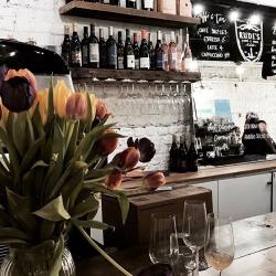 Rudi's Caffe e Vino profile